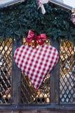 Сердце рождества на рождественской ярмарке Стоковое фото RF