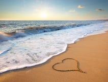 сердце элемента конструкции пляжа романтичное Стоковое Изображение