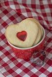 Сердц-форменные печенья Стоковые Фото