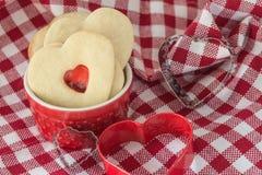 Сердц-форменные печенья Стоковое Изображение