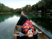 сестры rowing Стоковая Фотография RF