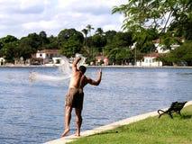 сеть человека рыболовства Бразилии Стоковая Фотография