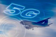 сеть 5G схематическая - подключенный везде для каждого стоковые изображения rf