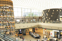 СЕУЛ, Южная Корея, 27-ое августа 2017, библиотека площади ByeollMadang Starfield Coex Стоковое фото RF