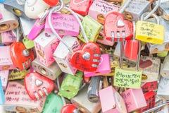 СЕУЛ, ЮЖНАЯ КОРЕЯ - 29-ое октября: Церемония ключа влюбленности на n Seo Стоковые Изображения
