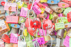 СЕУЛ, ЮЖНАЯ КОРЕЯ - 29-ое октября: Церемония ключа влюбленности на n Seo Стоковая Фотография RF