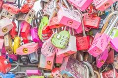 СЕУЛ, ЮЖНАЯ КОРЕЯ - 29-ое октября: Церемония ключа влюбленности на n Seo Стоковая Фотография