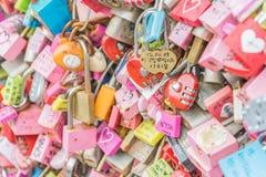 СЕУЛ, ЮЖНАЯ КОРЕЯ - 29-ое октября: Церемония ключа влюбленности на n Seo Стоковое Изображение