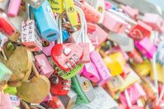 СЕУЛ, ЮЖНАЯ КОРЕЯ - 29-ое октября: Церемония ключа влюбленности на n Seo Стоковое Фото