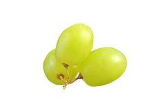 Селективный фокус виноградин зеленого цвета пука изолированных на белизне Стоковые Изображения