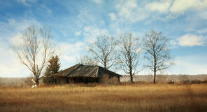 село России дома заброшенной местности старое дистанционное деревянное Стоковые Изображения