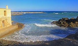 Село Panormo на Крите, Греции Стоковая Фотография RF
