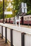 Сельская загородка платформы вокзала Стоковое Фото