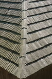Сельская крыша дома сделанная деревянной детали предкрылков стоковая фотография rf