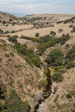 Сельская долина около мост-водовода Arcos del Sitio Стоковые Фотографии RF