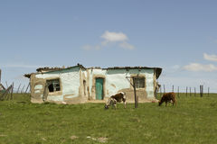 Сельский африканский дом в деревне Стоковые Фото