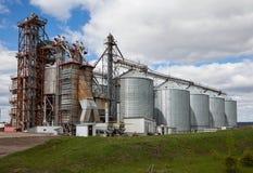 Сельский лифт на поле в России Стоковые Изображения