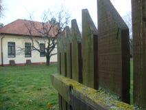 сельский домочадец, сельский дом и сад, сельская идиллия стоковые фотографии rf
