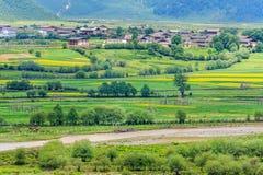 Сельский пейзаж, Шангри-Ла Стоковые Фотографии RF