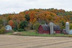 Сельское место фермы в цветах падения Стоковое Изображение RF