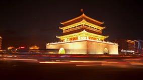 СИАНЬ, КИТАЙ - 12-ое апреля 2013: Промежуток времени колокольни Сиань акции видеоматериалы