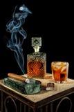 Сигара и стекло рябиновки Стоковая Фотография RF