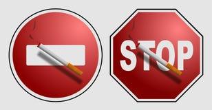 Сигарета на знаке Стоковое Фото