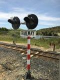 Сигнализировать железной дороги система используемая для того чтобы сразу железнодорожное движение и сдержать поезда ясный одина  Стоковое Изображение
