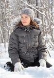 Сидеть на снежке Стоковое фото RF