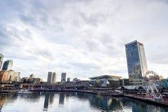 СИДНЕЙ, АВСТРАЛИЯ - 9-ое октября 2017: Districtl дела Сиднея центральное от бесстрашной гавани 9-ое октября 2017 в Сиднее Стоковые Фото