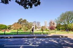 СИДНЕЙ - 12-ое октября: Взгляд улицы Сиднея городской, 12-ое октября 2017 в Сиднее Стоковое фото RF