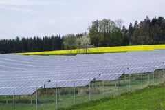 сила солнечная южная Испания завода панелей Стоковое фото RF