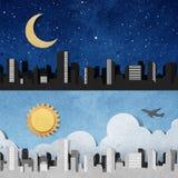 силуэты панорамы корабля города рециркулированные бумагой Стоковая Фотография RF
