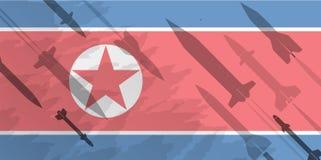 Силуэты ракеты на фоне флага Северной Кореи воинская предпосылка Конфликт в Азии Стоковое Изображение