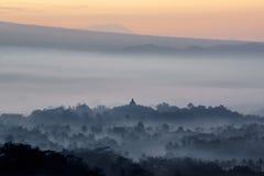 Силуэт виска Borobudur стоковое изображение