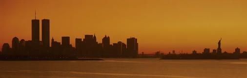 Силуэт горизонта New York City стоковые изображения rf