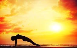 Силуэт йоги Стоковое фото RF