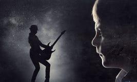 Силуэт мальчика ребенк Стоковая Фотография