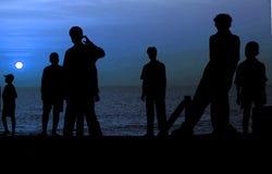 силуэт полнолуния пляжа Стоковые Изображения RF
