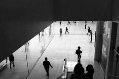 Силуэт регулярного пассажира пригородных поездов Стоковое Изображение RF