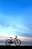 силуэт bike пляжа Стоковое Фото
