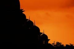 силуэт putrajaya мечети Стоковое Изображение
