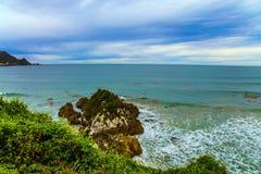 Сильный прибой океана стоковое фото rf