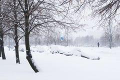Сильный снегопад в улицах Москвы Стоковое Изображение