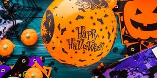 Символы партии хеллоуина на темноте Стоковые Фотографии RF