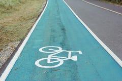 Символ велосипеда на улице Стоковая Фотография RF