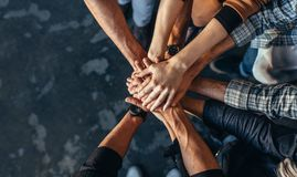 Символ сыгранности, сотрудничества и единства стоковые фото