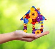 Символ дома от цветков Стоковое Изображение RF