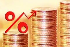 Символ процентов на предпосылке денег Стоковое Изображение