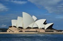 символ Сиднея оперы дома города Стоковое Фото